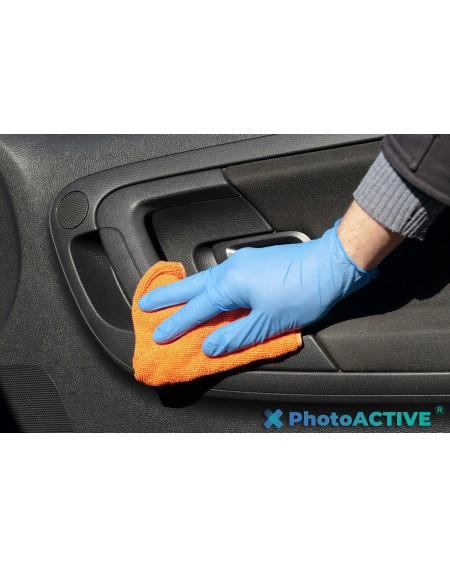 Application de PhotoACTIVE en spray sur l'intérieur des véhicules et des voitures